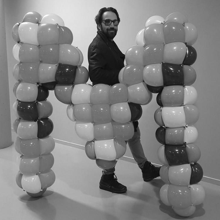 Photo von Out of Thin Air by Micha De Haan (Balloon Artist)