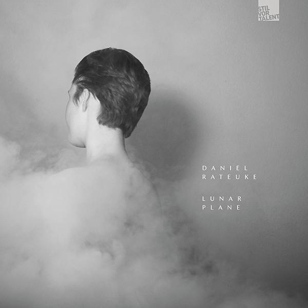 Cover SVT255 - Lunar Plane, Daniel Rateuke Lunar Plane I Daniel Rateuke
